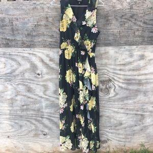 🍩 Disney Princess Black Floral Maxi Dress